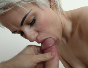 content/011018_suzanna_morning_shower_blowjob_with_mouth_cumshot_and_swallow/4.jpg